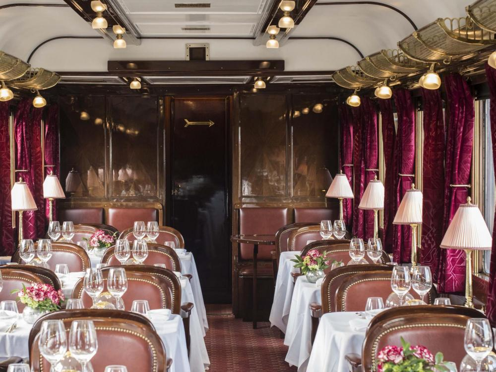 Gastronomie au restaurant du Train Orient Express