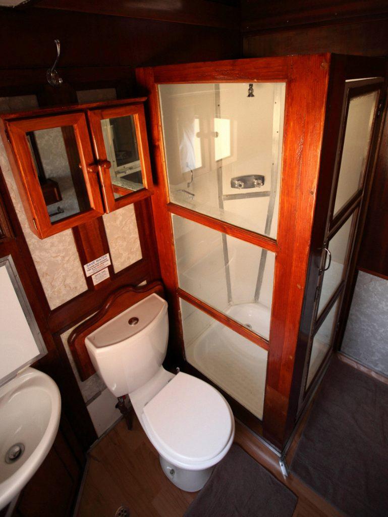 Salle de bain du Train African Explorer